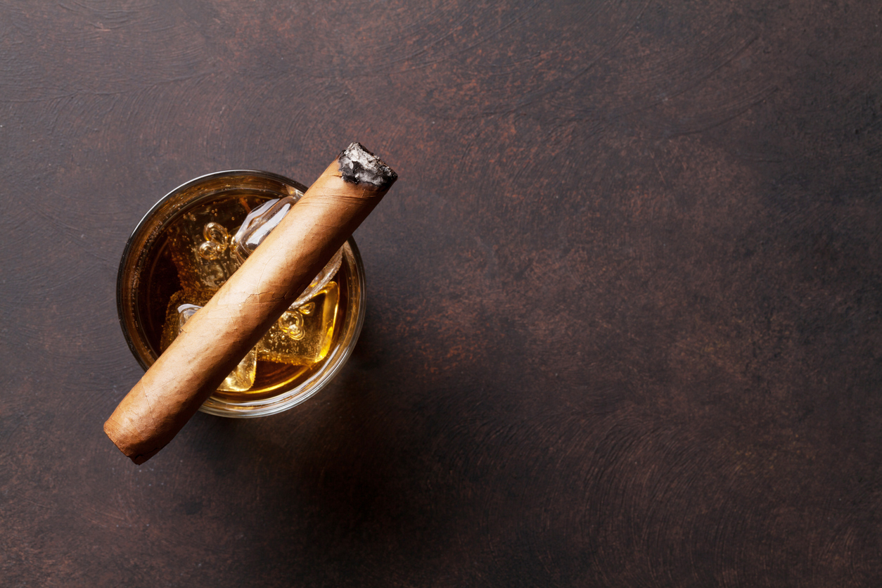 The Best Pairing for Cigars, Food, and Drink
